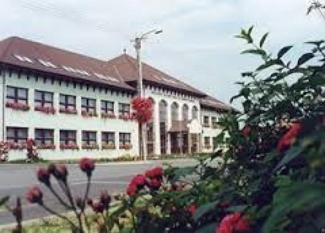 Gimnázium épülete2