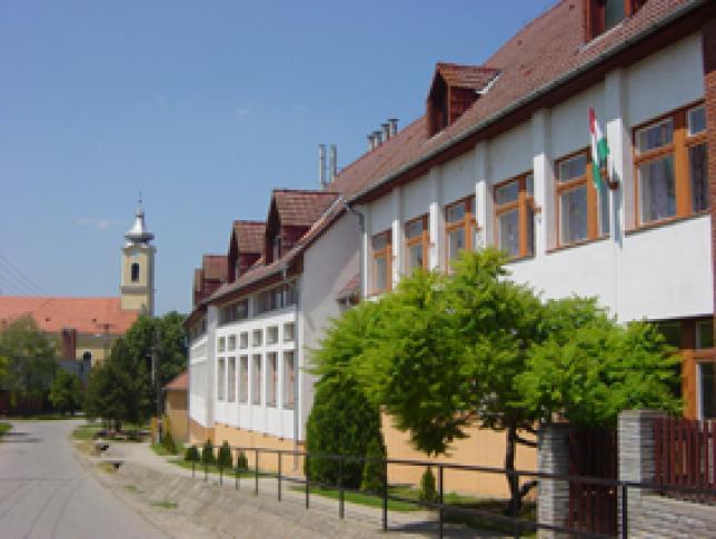 Sombereki Általános Iskola és Alapfokú Művészeti Iskola