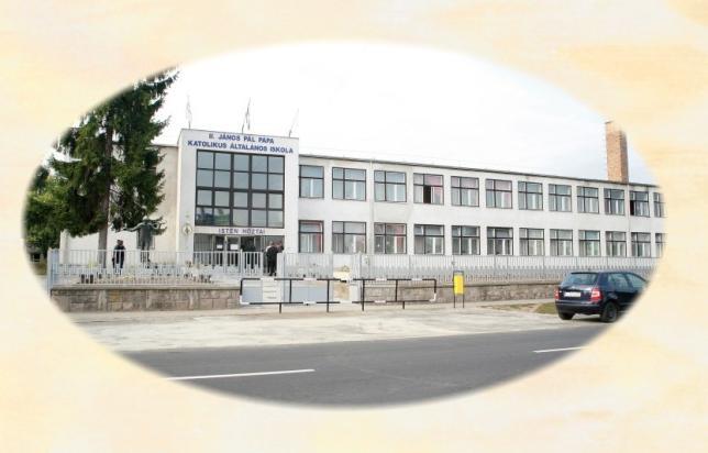 Székhelyiskolánk épülete